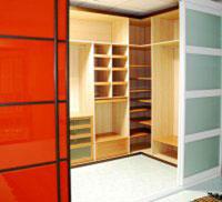 Функциональность гардеробной мебели