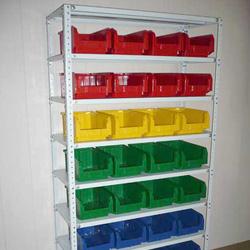 Архивные стеллажи, пластиковые ящики