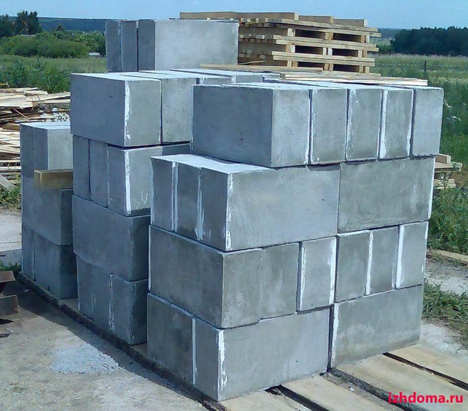 блоки пескобетонные